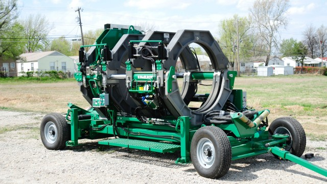 """The McElroy MegaMc 1648 Series 2 butt fuses pipe sizes from 16"""" OD to 48"""" OD (450mm to 1200mm)."""