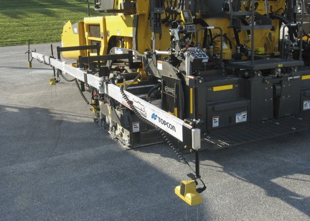 Topcon's Smoothtrac Sonic Averaging System is a proven advantage over a traditional mechanical ski.