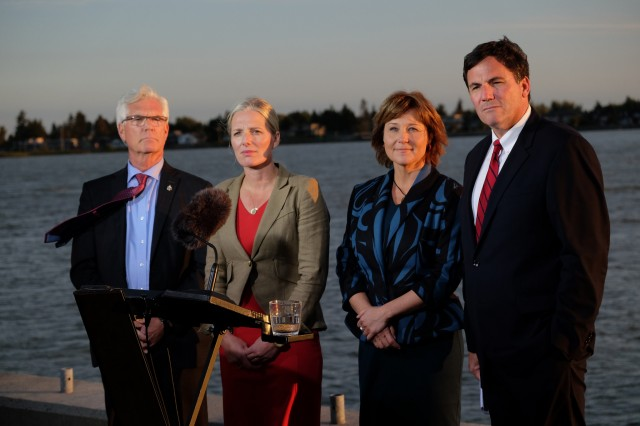 Premier Christy Clark issues a statement about Canada's approval of Pacific NorthWest LNG facility proposed for northwest British Columbia. Pictured L-R: Natural Resources Minister Jim Carr, Federal Environment Minister Catherine McKenna, Premier Christy Clark, and Fisheries Minister Dominic Leblanc. – Province of British Columbia, via flickr - used under Creative Commons license https://creativecommons.org/licenses/by-nc-nd/2.0/legalcode