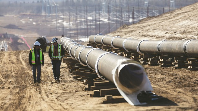 Integrated planning through the life of a pipeline construction project can improve efficiency.