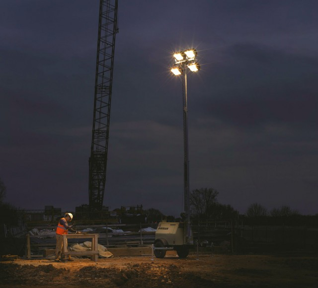 4 questions to ask when selecting a light tower