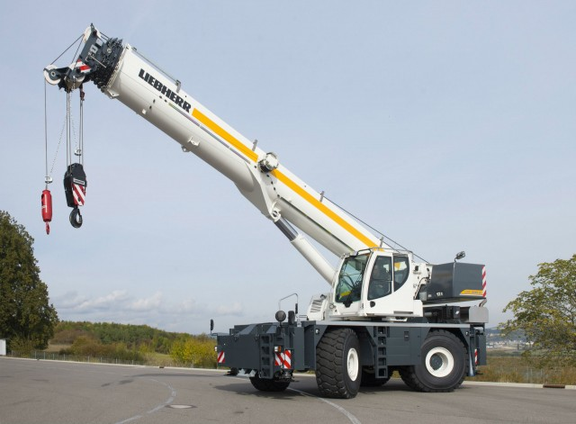 Liebherr extends product portfolio with rough-terrain cranes