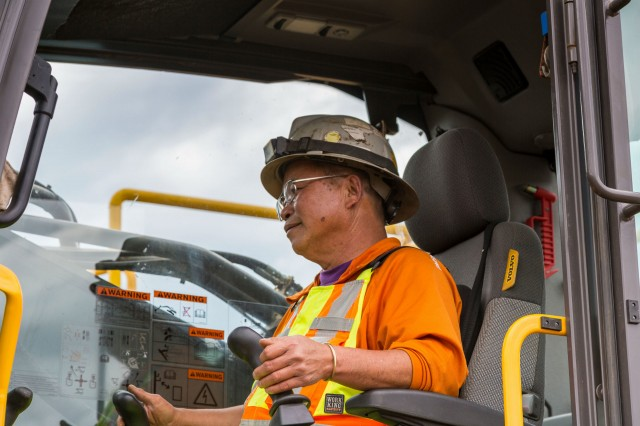 Tervita's Quang Nguyen has more than 35 years of excavator and tracked shear operating experience, and has served as an advisor to multiple manufacturers regarding their equipment.