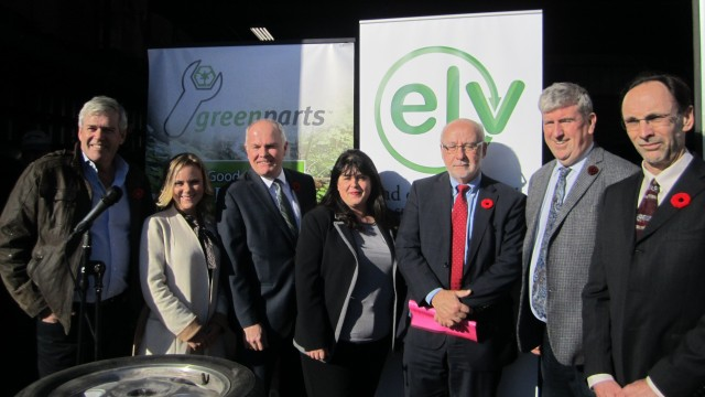 From left: Arthur Potts, MPP, Parlimentary Assistant to the MOECC, Aleksandra Pogoda, Canadian Steel Makers, Dave Adams, Global Auto Makers, Teresa De Felice, Canadian Automotive Association, Mark Nantais, President Canadian Vehicle Manufacturers Association of Canada, Hon. Glen Murray, Ontario Minister of Environment and Climate Change, and Steve Fletcher, Managing Director of Automotive Recyclers of Canada
