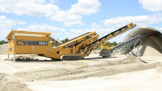 IROCK's Two-Deck TS-512 Portable Tracked Screening Plant Offers Hassle-Free Setup and Portability
