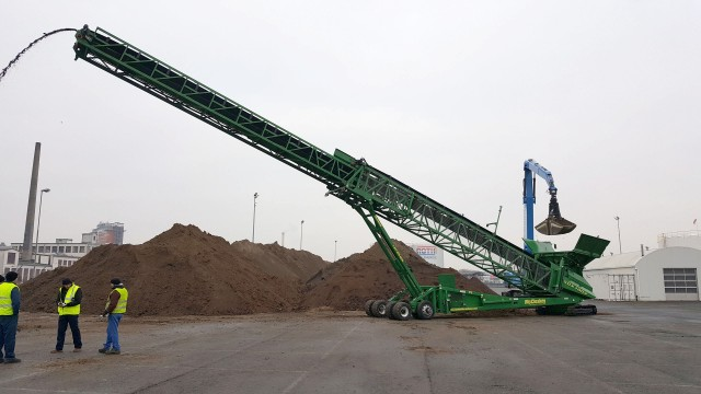 First self-powered telescoping stacker entering North American market