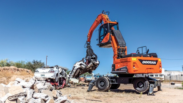 New Doosan DX210WMH-5 wheel material handler features up to 5 percent in increased fuel savings