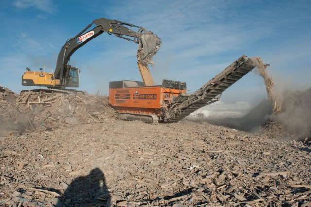 The Doppstadt 3060-K has proved to be far more fuel efficient than Lorass' previous grinder, consuming only 40 percent of the fuel they had previously consumed.