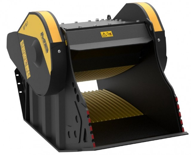 The MB revolution crusher bucket reaches fourth generation