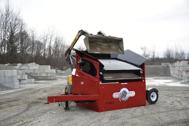 Portable Topsoil Screeners : Pitbull b topsoil screener recycling product news