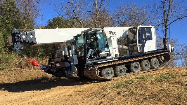 Prinoth announces Altec crane availability on tracked carriers