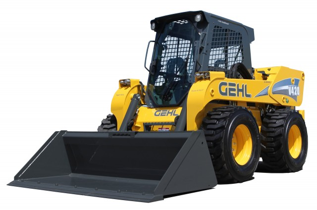 Gehl and Mustang introduce world's largest skid steers and 3,200 pounds vertical lift track loaders at CONEXPO