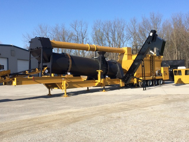 Asphalt plant offers counterflow technology, compact size and portability