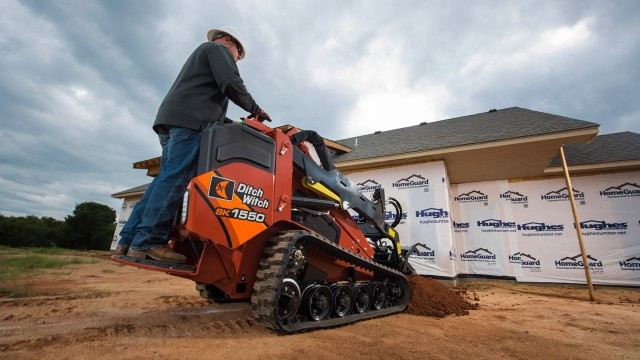 Powerful mini skid steer handles variety of projects