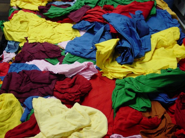 SMART educates consumers on recyclable textiles on Earth Day and year-round.
