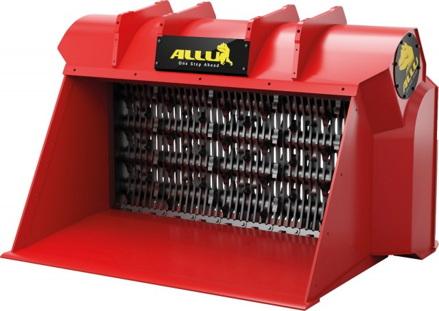 TS drums are available with two different blade types: standard blades for screening applications and axe blades (shown here) when a crushing or shredding effect is required.