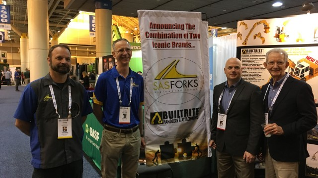 At ISRI 2017, from left: Adam Lindley, GM and Paul Secker, president of SAS Forks, with Tom Cavallin, Builtrite president, and Bill Van Sant, executive chairman of Builtrite Holdings board of directors.