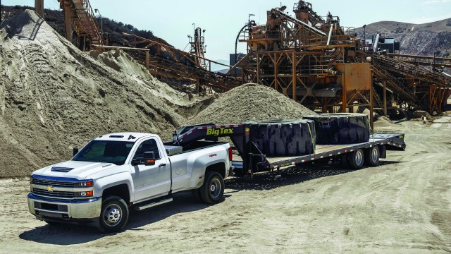 Redesigned Duramax Diesel Boosts Towing Power for Heavy-Duty Chevrolet Trucks