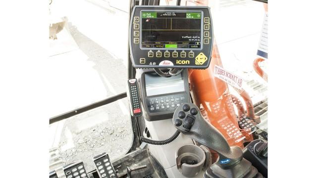 iCON excavate machine control adds tilt rotator support