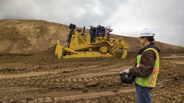 The Cat D8T operated remotely using optional Cat Connect COMMAND for Dozing.