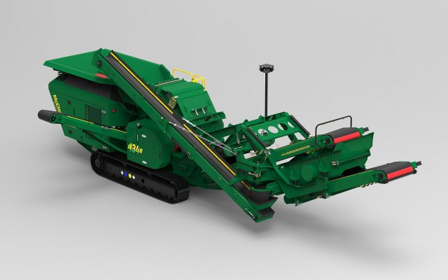 McCloskey's new I34 Impactors are designed for compactness and high mobility, capable of moving while crushing in small spaces. The lines' small footprint (less than 2.5 m wide) is uniquely suited to the demolition and asphalt recycling industry, aggregates and smaller scale construction projects, and for easy transport from site to site.