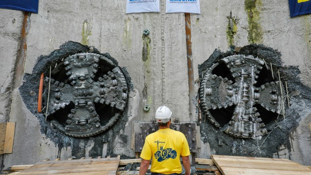 Final double breakthrough at the Emscher sewer