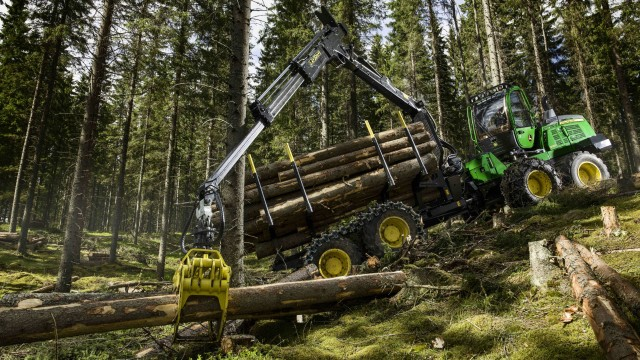 Upgraded forwarders offer more power and precision for tough forestry jobs