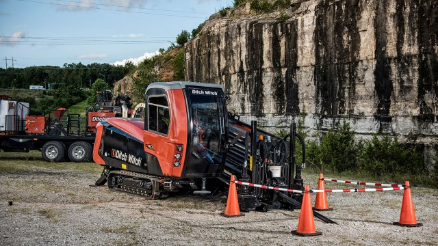 Ditch Witch offers  next generation AT40 all terrain directional drill optimizes downhole performance in hard rock