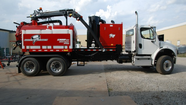 Ring-O-Matic introduces largest-capacity PTO vacuum excavator