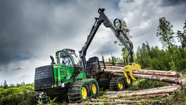 1910G Model expands John Deere forwarder lineup