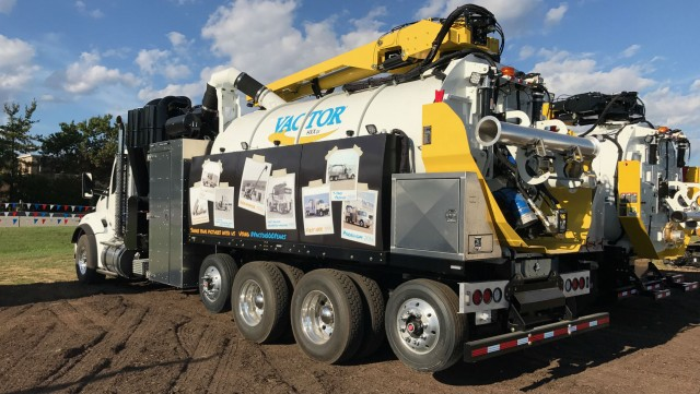 Vactor Showcases Next-Generation HXX Vacuum Excavator Concept at 2017 ICUEE