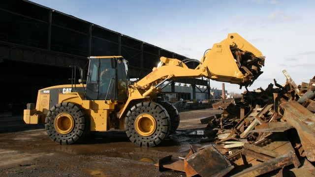 Selecting the Right Solid Tires for Industry Specific Applications