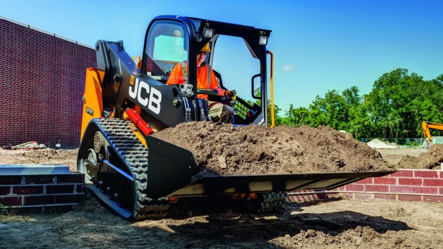 JCB launches new 210T and 215T track loaders