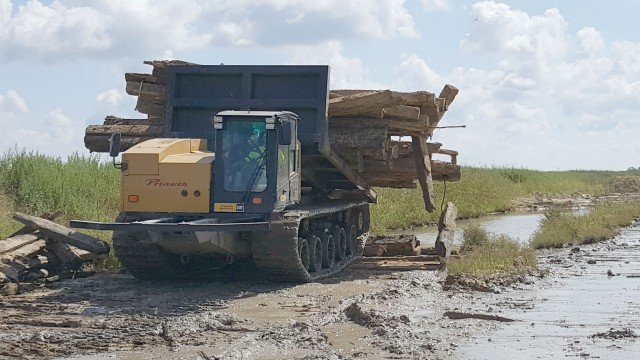 PLM adds Panther carriers for pipeline industry work