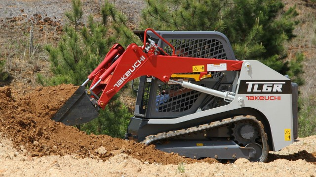 Agile, easy to transport compact track loader