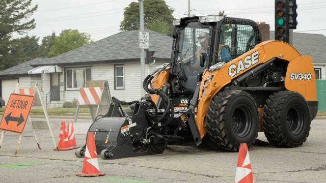 Case announces extended warranty