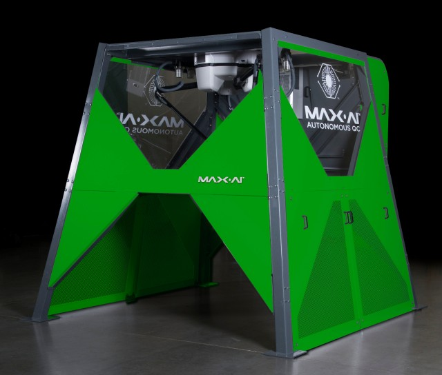 ​Green Recycling first in UK to invest in Max-AI robotic sorting technology