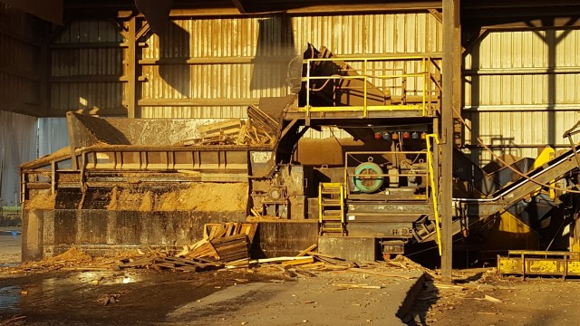 Lane Forest Product's 3450 Peterson Pacific Push Ram Grinder.
