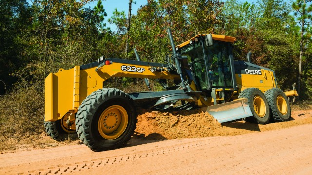 John Deere's latest graders lighter & more fuel efficient
