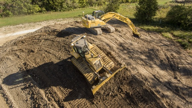 New Earthworks for Dozers and tablet announced by Trimble