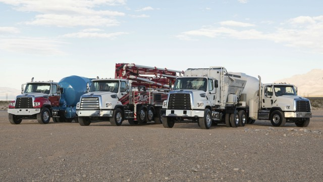 For World of Concrete, Detroit brings DD8 engine and Freightliner shows vocational trucks