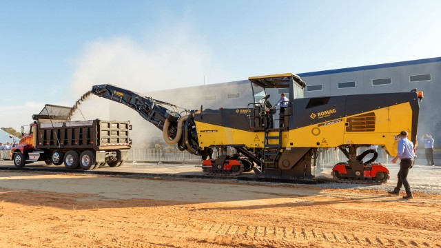Bomag's most powerful cold milling machine is the BM 2200/75.