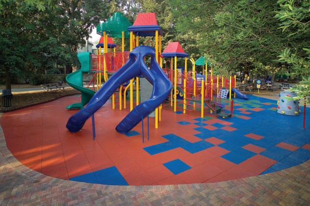 Reclaimed, ground scrap tires are ideal for playground resurfacing, sports surfaces and a wide range of applications.