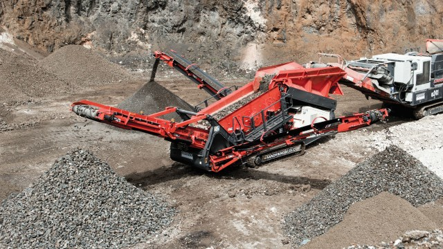 Sandvik's new scalper is an ideal solution for smaller end users where performance, versatility, transportation and setup times are most important.