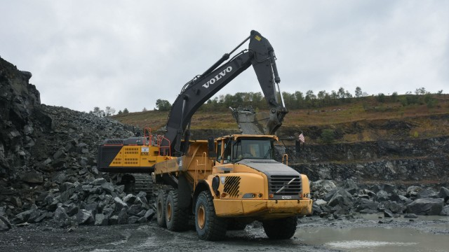 A Volvo EC750E at work in the quarry.