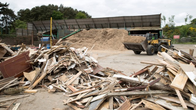 "The Canadian Wood Waste Recycling Business Group supports the ""cascading use"" model, whereby wood is recovered for the next most valuable alternative."