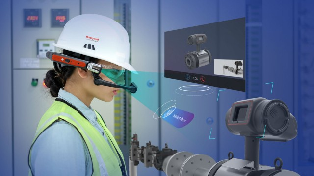 Intelligent wearables for industrial field workers tie into Honeywell Connected Plant