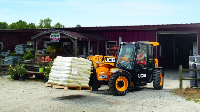 JCB will start producing the 505-20TC Loadall compact telescopic handler in Savannah, Georgia, in September.