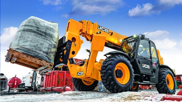 The 74-hp version of JCB's 512-56 Loadall telehandler.