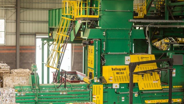 The Bollegraaf HBC 120 S single-ram horizontal baler.